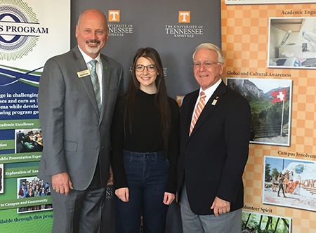 UTK Honors Articulation Agreement Signing